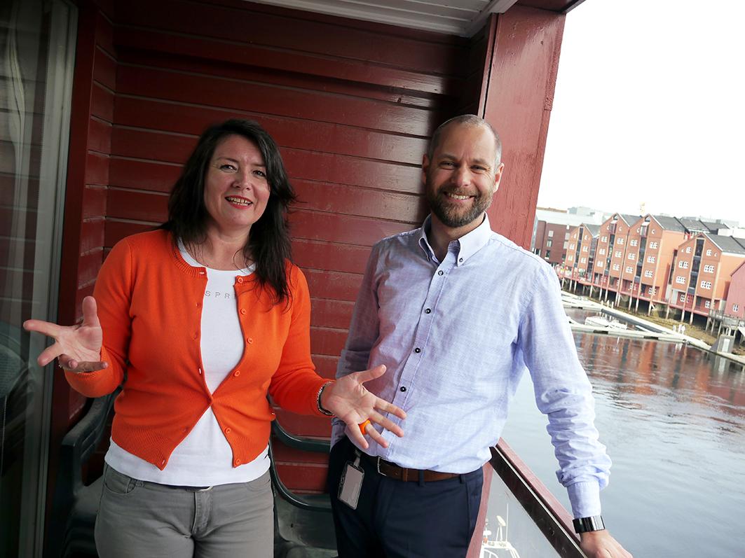 Sales manager Kjersti Jullum Faanes og CEO Frode M. Thulien i Star Information Systems (SIS). Virksomheten ved Nidelva utvikler maritim software. Tekst og foto: Jan-Are Hansen