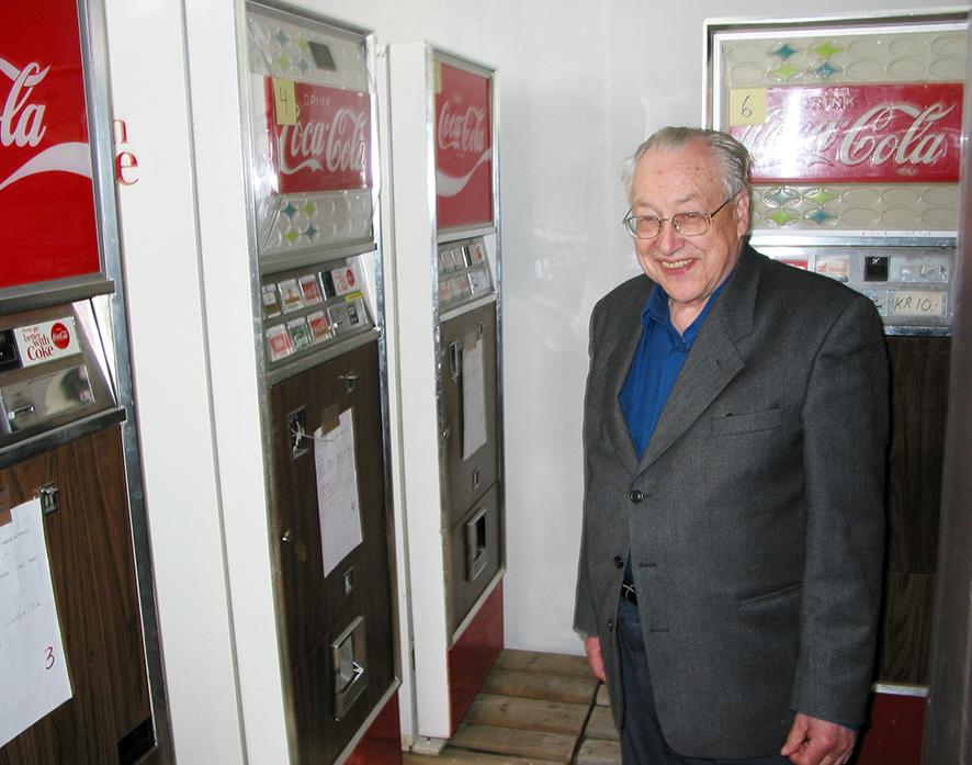 Automatpioner. Brusautomater var blant artiklene i Leinums store automatportefølje på 1960- og 1970-tallet. Akrivfoto: Arne Asphjell