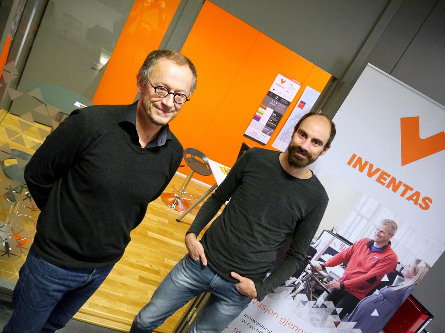 Gode utsikter. Daglig leder Einar K. Selvig og seniordesigner Jonas Hallberg Eggen i Inventas. Bedriften planlegger ytterligere vekst i 2017.