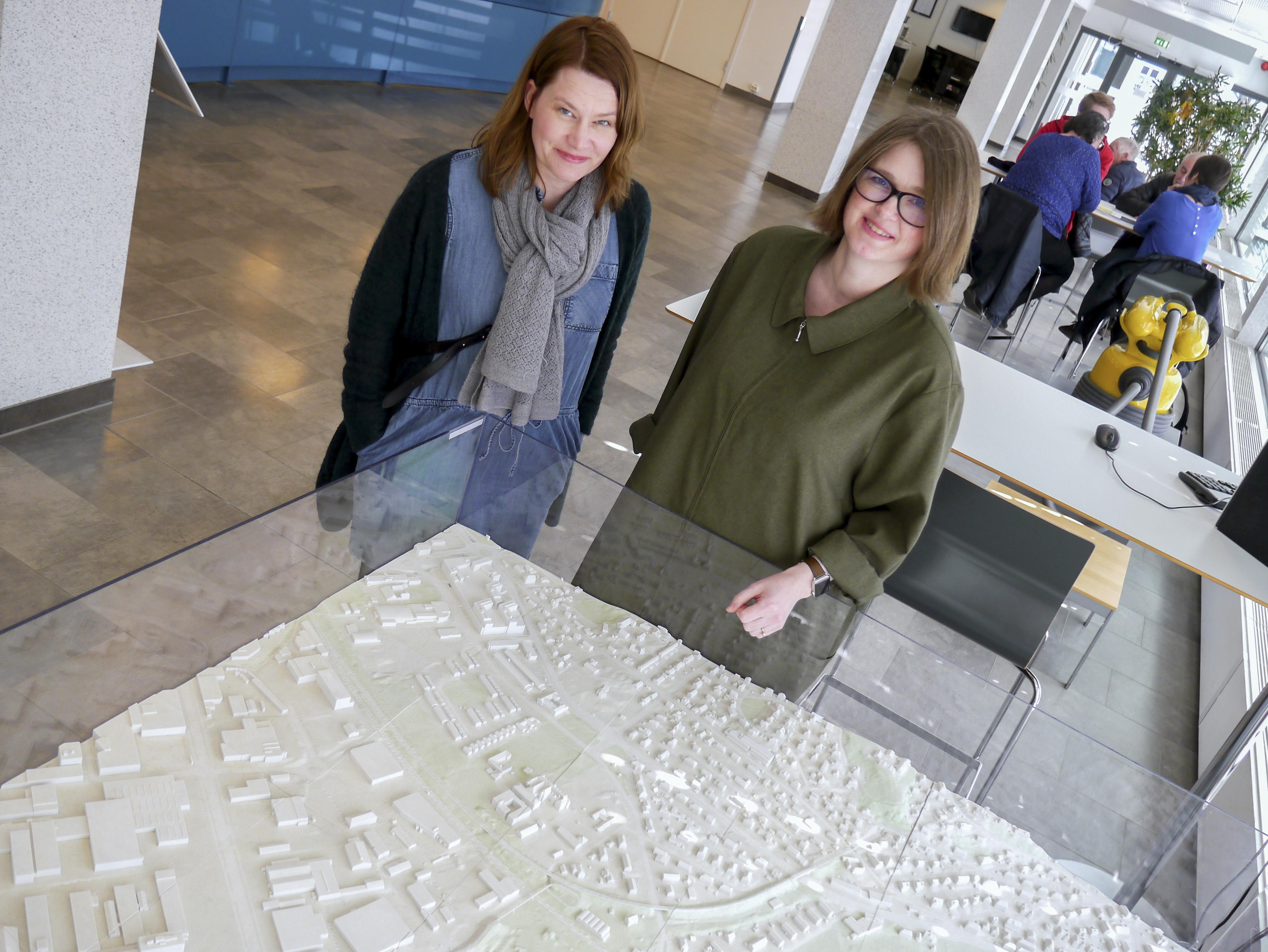 Planlegger Christina Føllesdal Brown og byplansjef Ragna Fagerli i Trondheim kommune
